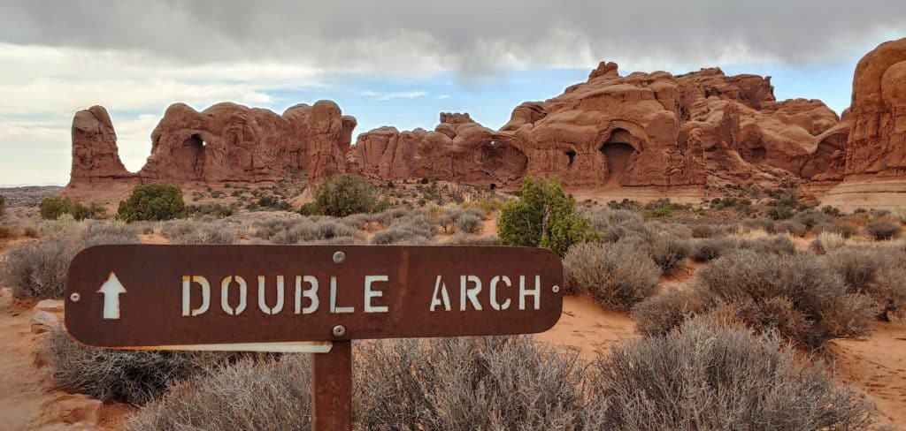 Sign pointing to Double Arch in Arches National Park